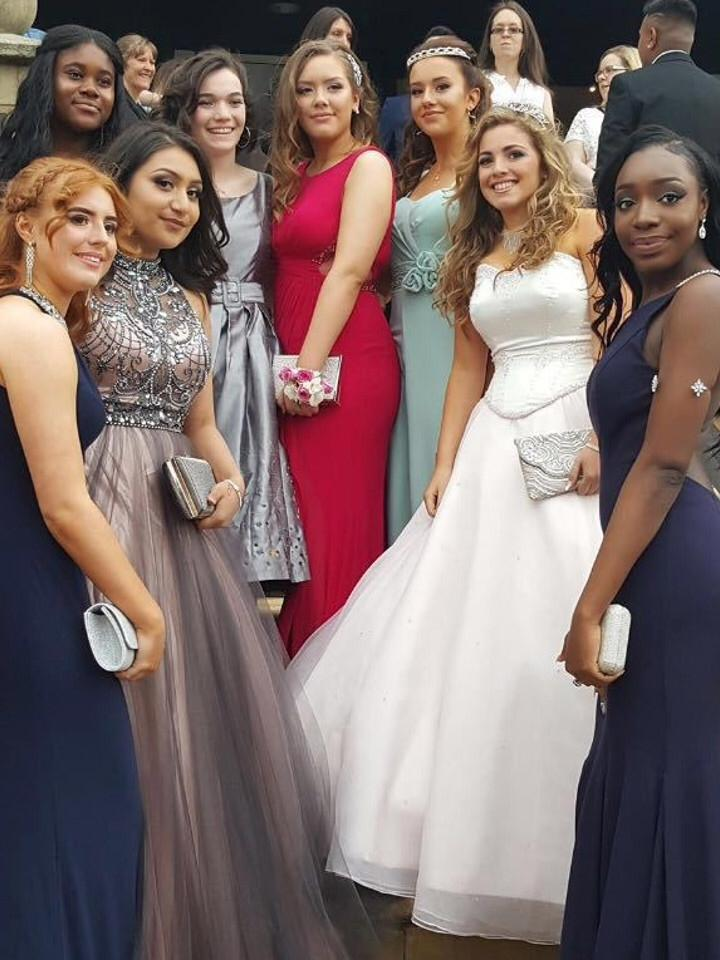 prom, queens, beautiful dress, happy day, ball