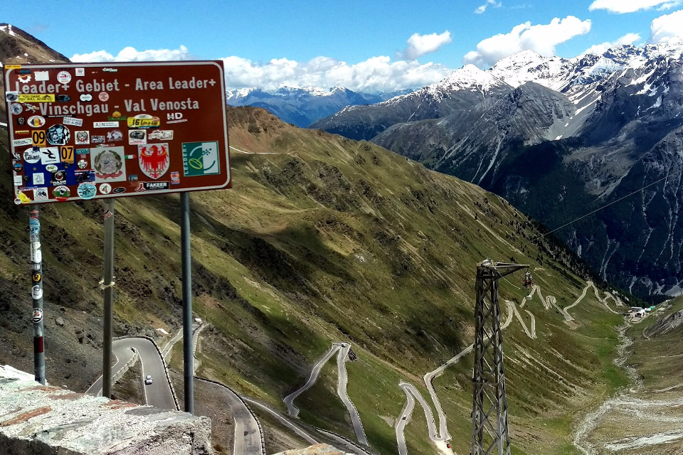 Italy, mountains, road, curves, bicycle trip