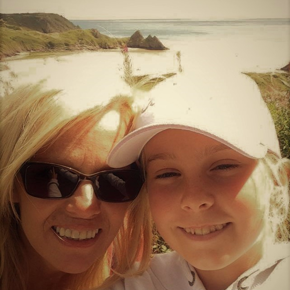 Mother, daughter, selfie, Mother's Day, Mother's Day gifts, mother's day photo, portrait